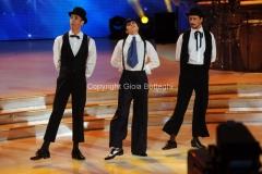 07/12/2013 Roma ultima puntata di Ballando con le stelle, nella foto: Paolo Kessisoglu e Luca Bizzarri con Sara Di Vaira