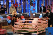 04/10/2013 Roma festa per i 10 anni di AFFARI TUOI, con Flavio Insinna ospiti Clerici e Bonolis