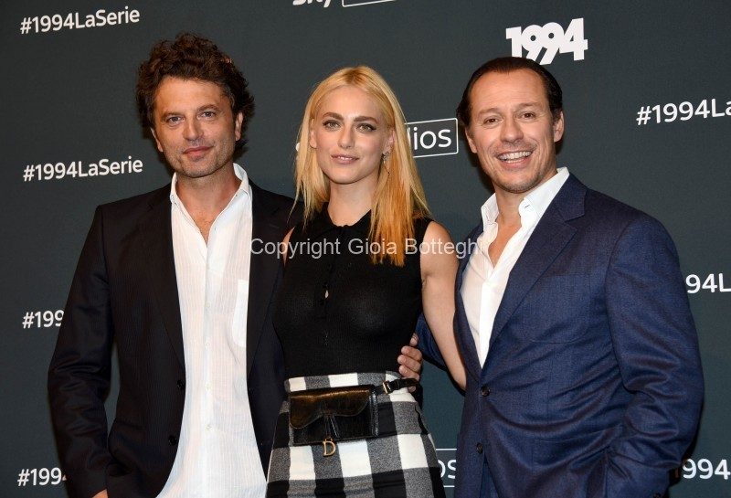 Foto/IPP/Gioia Botteghi Roma 24/09/2019 Presentata la serie tv Sky 1994, nella foto, Miriam Leone con Stefano Accorsi, Guido Caprino Italy Photo Press - World Copyright