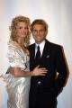 DESTINI rete 4 in onda la prima puntata il 16/12/2003 conduce Catherine Spaak  , ospiti, nelle foto:De Blanck Patrizia, Pasquale e Vittoria ( vestiti da sposi), O. Berti, Parietti, C. Russo e Turchi.
