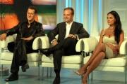 Maria Grazia Cucinotta  nella trasmissione  porta a porta con   Michael Schumacher , Barrichello