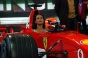 Maria Grazia Cucinotta seduta dentro all Ferrari F 2003 GA nella trasmissione dporta a porta
