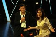 prima puntata di ASSOLUTAMENTE raiunonelle foto: Fabrizio Frizzi con Edvige Fenech