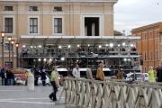 Gioia Botteghi/OMEGA 19/04/05Aspettando la fumata in Vaticano postazioni televisive