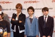 Gioia Botteghi/OMEGA 14/10/06Festa del cinema di Roma, presentazione del film LI SCIO'nelle foto Laura Morante , Umnerto e gli altri ragazzini del film