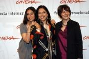 Festa del cinema di Roma4° giornata presentazione del film The Namesake  nelle foto:   Mira Nair regista, Tabu attrice , Sooni Taraporevala la scrittrice del libro