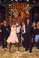 Gioia Botteghi/OMEGA 3/12/06 Puntata finale di BALLANDO CON LE STELLE nelle foto i vincitori Fiona May e Raimondo Todaro con  la coppa