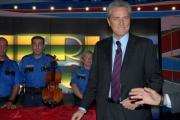 7/10/07 Prima puntata di DOMENICA IN, nelle foto: Pippo Baudo e il Ministro Rutelli l'appello per restaurare il violini Stradivari