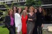 23/11/07Presentazione della fiction DONNA DETECTIVE nella foto  la regista TH Torrini con Le protagoniste femminili