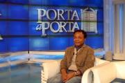 3/12/07 Patrik Lumumba del caso di Perugia ospite di Porta a Porta