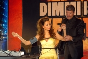 mattoni/markanews 5/05/08 roma spot per la trasmissione di raiuno _dimmi la verità_ nella foto: caterina balivo, con il sig.jose hernadez de la landa tecnico della macchina della verità
