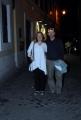 mattoni/markanews 16/06/08 roma passeggiata per la città per ron howard con la compagna all'uscita del ristorante