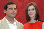 mattoni/markanews 07/07/08 roma presentazione del film _agente smart_nella foto: anne hathaway steve carell