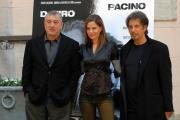 gioia botteghi/markanews 16/09/08 roma presentazione del film _sfida senza regole_nella foto: al pacino, de niro e la producer marsha oglesby