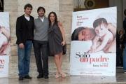 IPP/Botteghi 25/11/08 Presentazione del film UN SOLO PADRE, nella foto : Luca Argentero Luca Lucini il regista, Diane Fleri