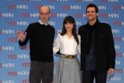 IPP/Botteghi presentazione del film YES MAN, nella foto: Jim Carrey e Zooey  Deschanel con il regista Peyton Reed