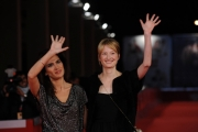 Foto IPP/Gioia Botteghi Roma 21/10/2009  Festa del cinema di Roma film  L'uomo che verrà, nella foto:  Alba Rohrwacher, Maya Sansa