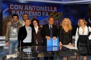 Foto IPP/Gioia Botteghi  Roma 21/01/2010 porta a porta sul 60° festival di San Remo, nella foto Antonella Clerici, Cutugno, Arisa, D'Angelo, Mengoni, Grandi,