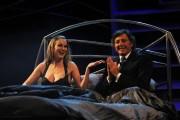 Foto IPP/Gioia Botteghi  Roma 29/01/2010 seconda puntata di Sciock la trasmissione de LA7 presentata da Luca Barbareschi, nella foto a letto con la EVA HENGER