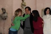 Foto IPP/Gioia Botteghi  Roma 26/01/2010 Presentazione del film BACIAMI ANCORA, nella foto: Valeria Bruni Tedeschi bacia Muccino