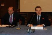 Foto IPP/Gioia Botteghi  Roma 4/02/2010 presentazione in rai PER IL TUO CUORE, nella foto il Ministro della salute Ferruccio Fazio, intervenuto alla presentazione, con Bruno Vespa