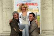 Foto IPP/Gioia Botteghi  Roma 22/02/2010 presentazione del film Alta Infedeltà, nella foto Pino Insegno ed il fratello Claudio con Justine Mattera