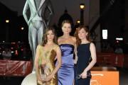 foto:IPP/Gioia Botteghi Roma 8/07/2010 Fiction Fest, nella foto: Andrea Osward, Lotte  Verbeek, Elise Schaap, per Le ragazze dello swing