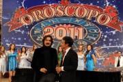 Foto/IPP/Gioia Botteghi Roma 6/12/2010 registrazione di i fatti vostri speciale oroscopo, nella foto:  Marcello Cirillo con l'ospite Sergio Cammariere
