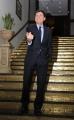 10foto Roma 7/02/2011 presentazione della puntata di San Remo dal titolo Nata per unire , per i 150 anni dell'unità d'Italia, nella foto: Gianni Morandi con il premio della serata