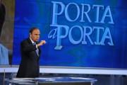 Foto IPP/Gioia Botteghi 18/04/2011 Roma porta a porta, nella foto  Bruno Vespa