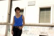foto/IPP/Gioia Botteghi 07/08/2011 Roma, Primo Ciak della fiction IL DELITTO DI VIA POMA, canale 5, nella foto: Giulia Bevilacqua,  nella parte della sorella di Simonetta , sotto le finestre dell'ufficio dove è stato commesso il delitto