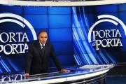 foto/IPP/Gioia Botteghi 20/09/2011 Roma, prima puntata di porta a porta con la nuova scenografia tutta Blu, nella foto Bruno Vespa
