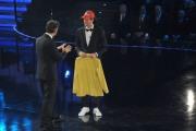 foto/IPP/Gioia Botteghi 14/11/2011 Roma, Prima puntata del programma di raiuno, ILPIUGRANDESPETTACOLODOPOILWEEKEND, NELLA FOTO ROSARIO FIORELLO con Novak Djokovic