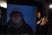 foto/IPP/Gioia Botteghi 14/03/2012 Roma,  prima puntata della trasmissione 1_2_3_stella per la7 nella foto: Sabina Guzzanti nell'intervista con Michael Moore