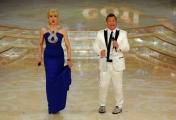 foto/IPP/Gioia Botteghi 24/03/2012 Roma, prima puntata di Ballando con te, nella foto: Milly Carlucci e Paolo Belli