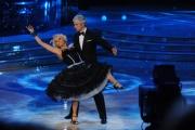 foto/IPP/Gioia Botteghi 21/01/2012 Roma, terza puntata di Ballando con le stelle, nella foto: Gianni Rivera e Yulia Musikhina