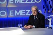 Foto/IPP/Gioia Botteghi 09/05/2013 Roma Ospite di Lilly Gruber il ministro dell' economia Fabrizio Saccomanni
