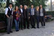 Foto/IPP/Gioia Botteghi 18/10/2013 Roma  Una grande famiglia, (seconda serie) fiction rai uno, nella foto: il cast con il regista Riccardo Milani