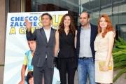 Foto/IPP/Gioia Botteghi 29/10/2013 Roma  presentazione del film sole a catinelle, nella foto Checco Zalone con Aurore Erguy, Miriam Dalmazio ed il produttore Valsecchi