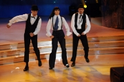 Foto/IPP/Gioia Botteghi 07/12/2013 Roma ultima puntata di Ballando con le stelle, nella foto: Paolo Kessisoglu e Luca Bizzarri con Sara Di Vaira