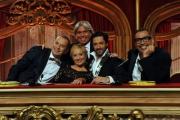 Foto/IPP/Gioia Botteghi 05/10/2013 Roma Ballando con le stelle , nella foto Carolyn Smith, Guillermo Mariotto, Fabio Canino, Ivan Zazzaroni, Raffaello Amargo
