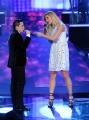 Foto/IPP/Gioia Botteghi 15/02/2014 Roma terza puntata di Ti lascio una canzone,nella foto  Michelle Hunziker canta con Jacopo Ratini