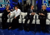 Foto/IPP/Gioia Botteghi 04/02/2014 Roma  puntata di porta a porta sui 60 anni della televisione, nella foto: Milly Carlucci  Simona Ventura Enrico Montesano Gabriella Farinon
