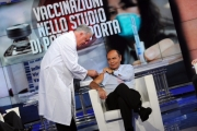 Foto/IPP/Gioia Botteghi   01/12/2014 Roma Vespa ed il vaccino in studio di Porta a porta , il medico Walter Marrocchi