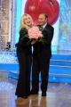 Foto/IPP/Gioia Botteghi    02/12/2014 Roma Bruno Vespa ospite di Antonella Clerici alla prova del cuoco le porta i fiori perchè la puntata andrà in onda il 6 12 per il compleanno della Clerici