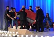 Foto/IPP/Gioia Botteghi 03/05/2015 Roma  quarta puntata del Maurizio Costanzo Show , nella foto: facchini per caso,  Nek, Verdone, Scanzi Rutelli, Signorini
