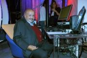 Foto/IPP/Gioia Botteghi 27/09/2015 Roma prima puntata di Domenica in nella foto Maurizio Costanzo alla regia in studio e ai microfoni