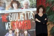 Foto/IPP/Gioia Botteghi 17/11/2015 Roma presentazione del film NE GIULIETTA NE ROMEO, nella foto: Veronica Pivetti che è anche la regista