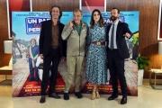 Foto/IPP/Gioia Botteghi 18/03/2016 presentazione del film UN PAESE QUASI PERFETTO, nella foto Il regista MASSIMO GAUDIOSO insieme a FABIO VOLO, MIRIAM LEONE, NANDO PAONE