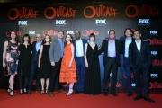 Foto/IPP/Gioia Botteghi 19/04/2016 Roma red carpet per la serie tv di Sky Outcast, nella foto: l'intero cast con produttori e sceneggiatori